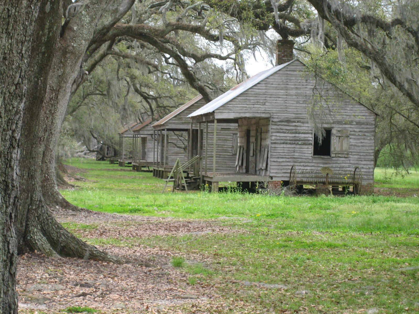 abandoned slave quarters MY HERITAGE The Deep South