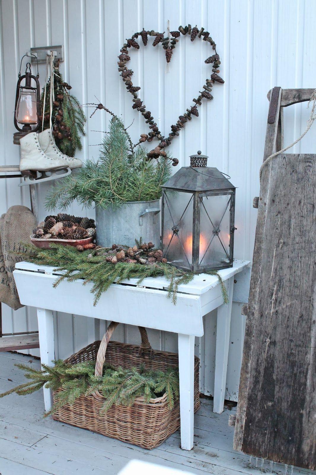 Maybe a porch decor idea for winter Winter Pinterest