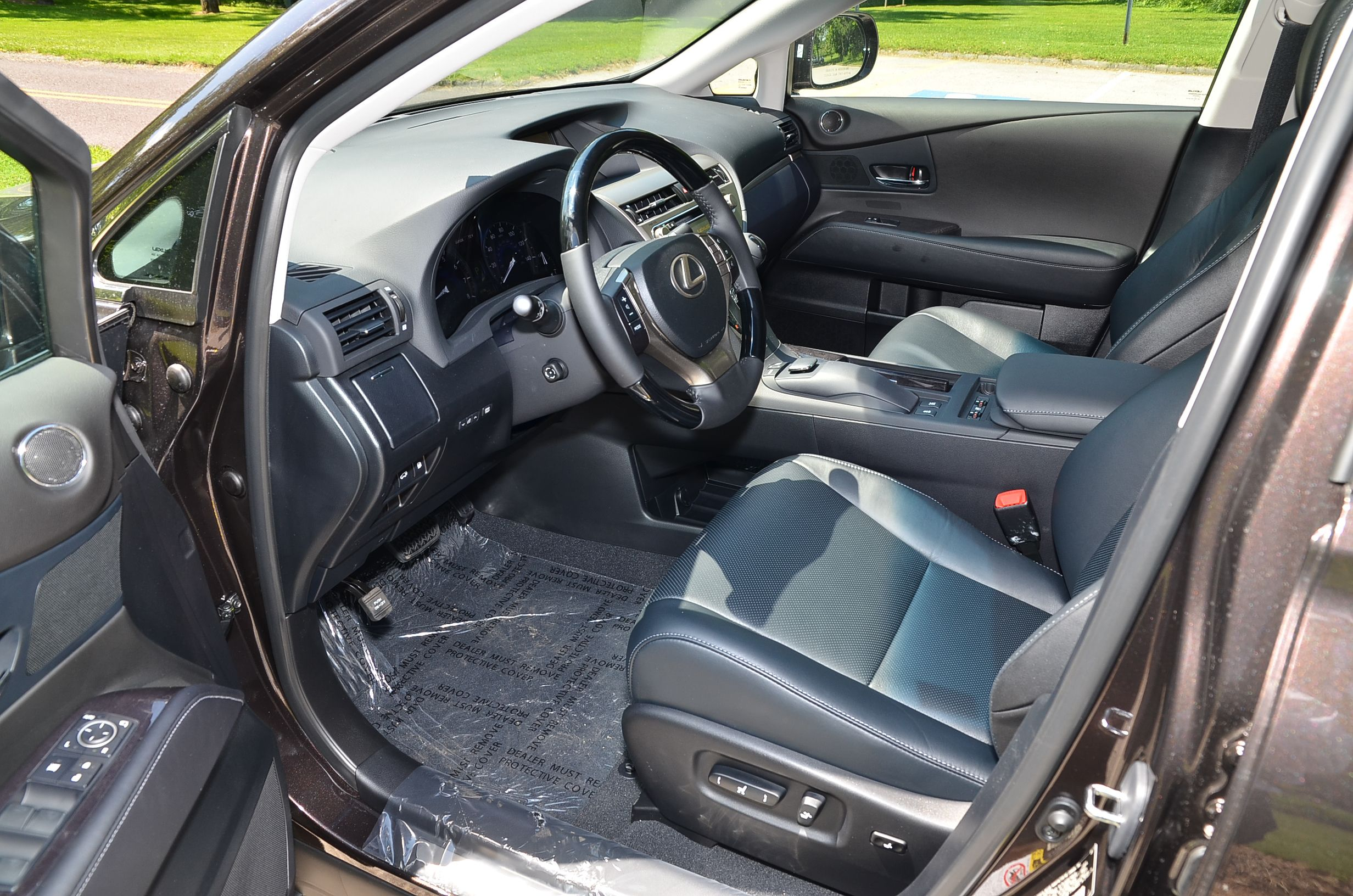 Beautiful new 2013 Lexus RX 350 in new Fire Agate over Black