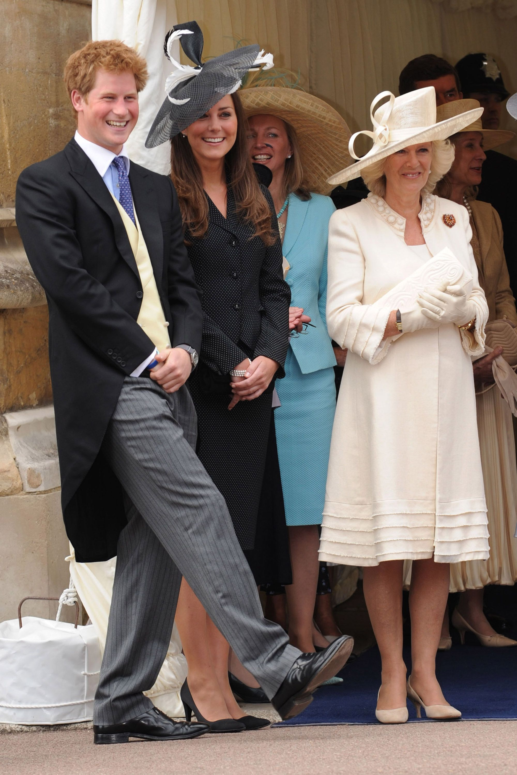 15 Hilarious Photos Of Prince Harry Being A Jokester She