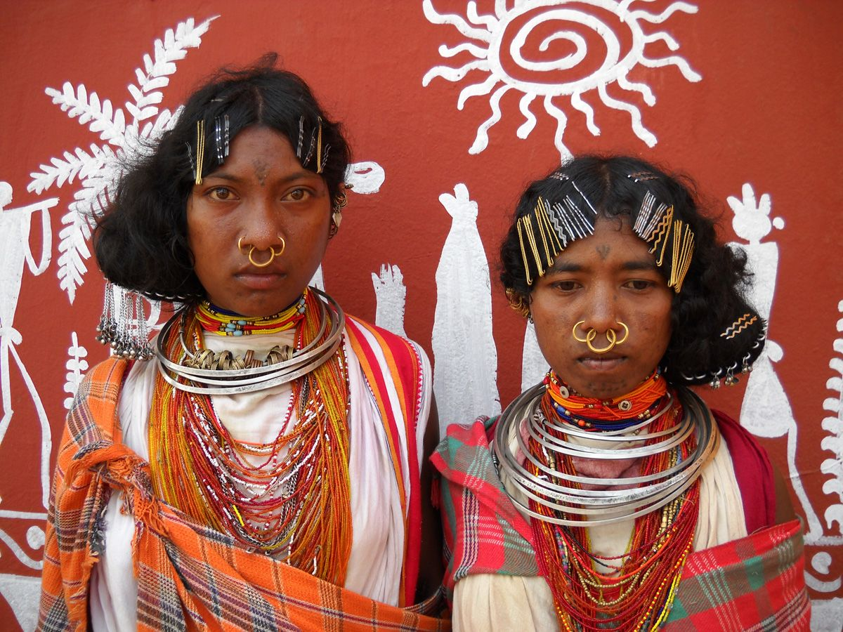 The Kondh are s tribe indigenous to India . The Dongria