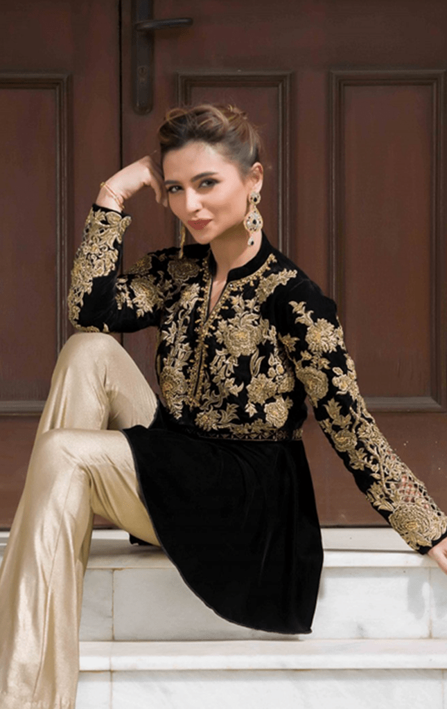 Stylish Pakistani Party Wear Dresses 2017 For Girls In