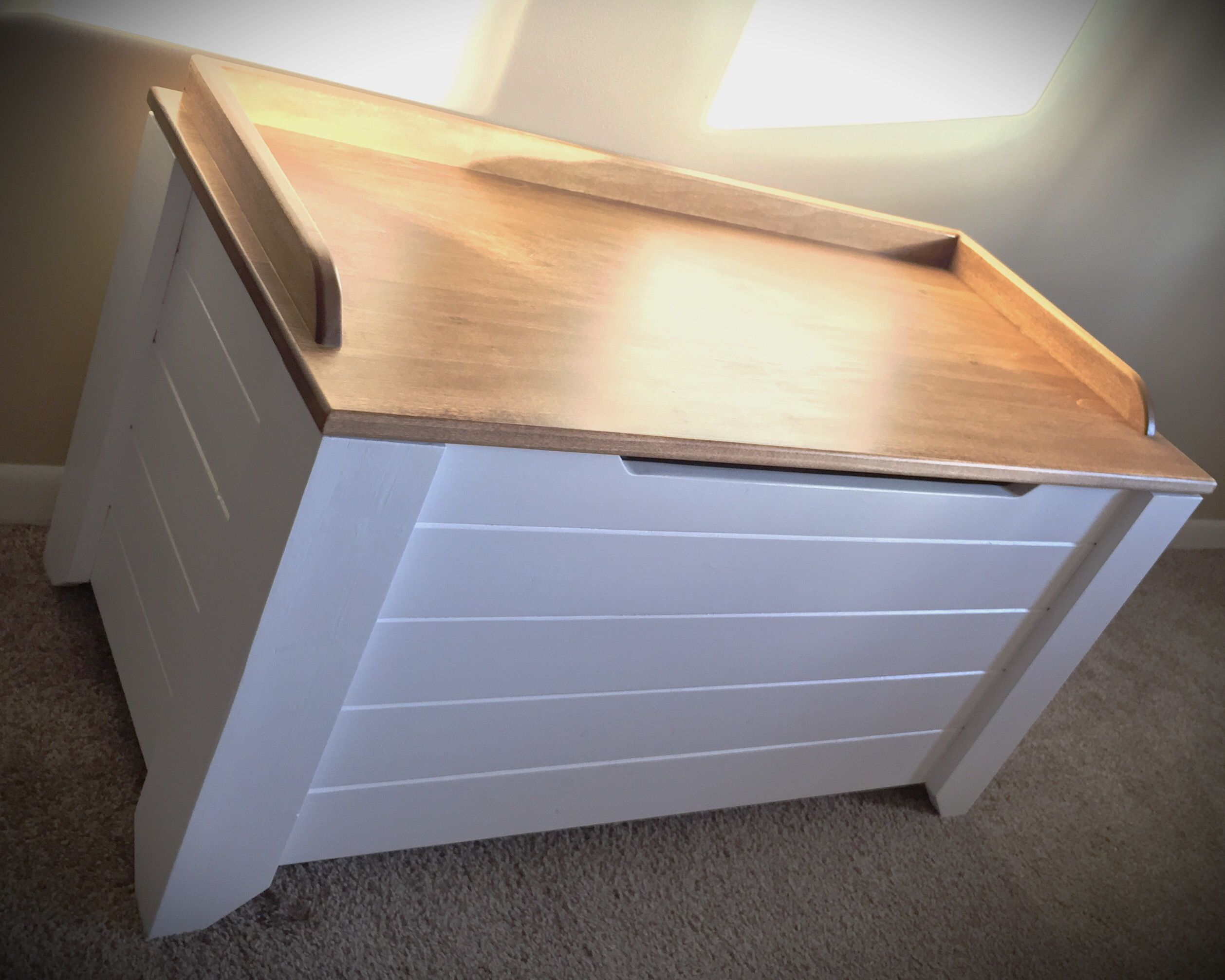 Farmhouse Style Toy Box / Blanket Chest DIY Projects