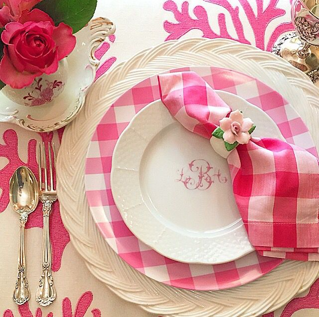 Pink. Gingham. Monograms. Sigh... this just makes my heart smile. Source unknown.