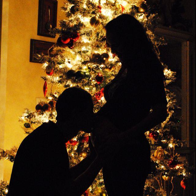 Best 25 Christmas Maternity Photos Ideas On Pinterest