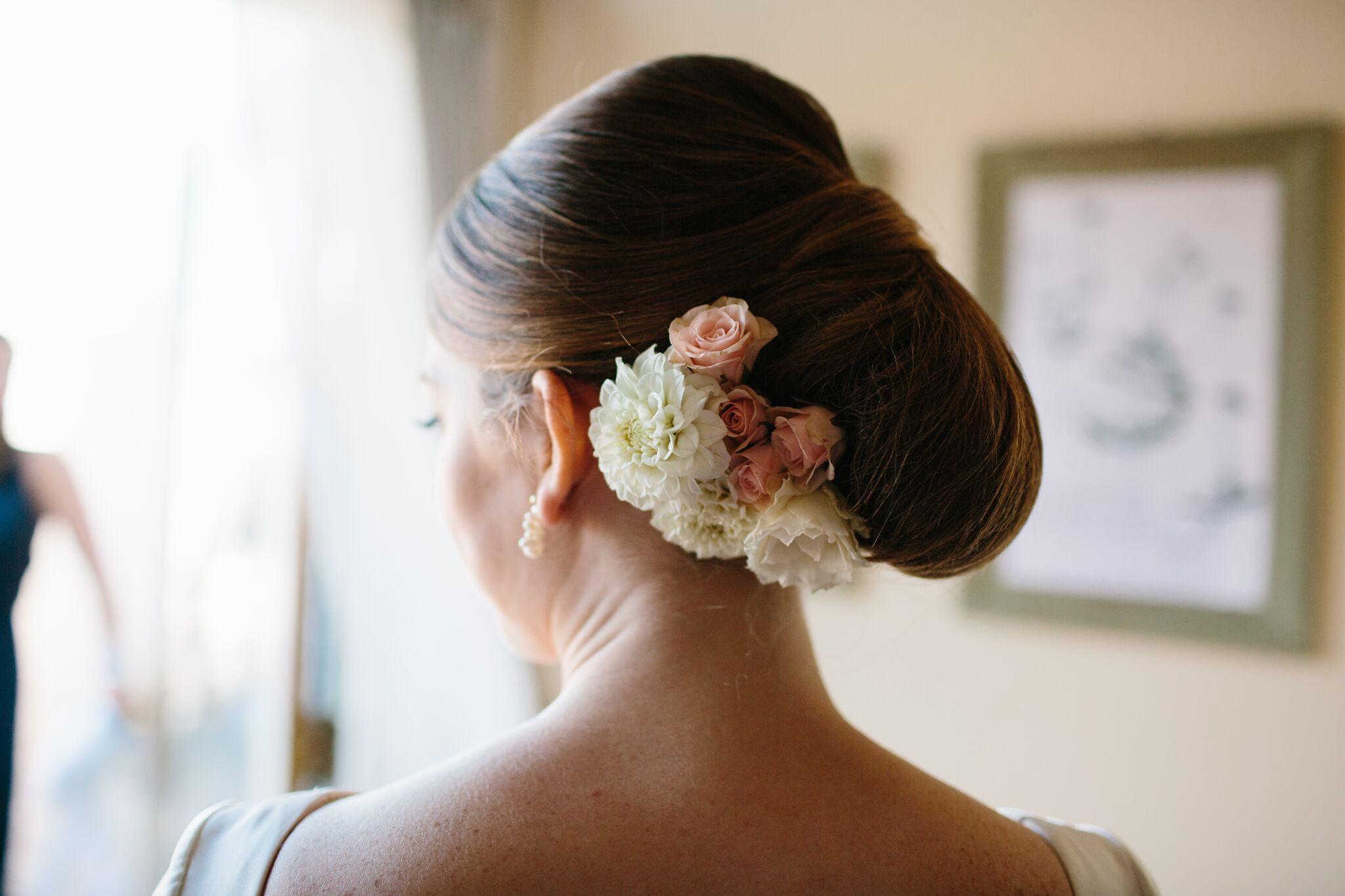 Summer bride bridal makeup ideas bridal hair ideas bride hair