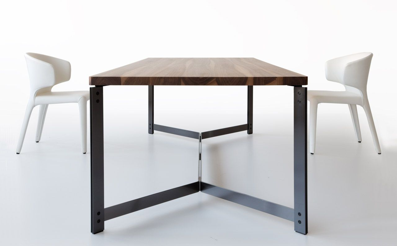 Contemporary Dining Table In Wood And Metal
