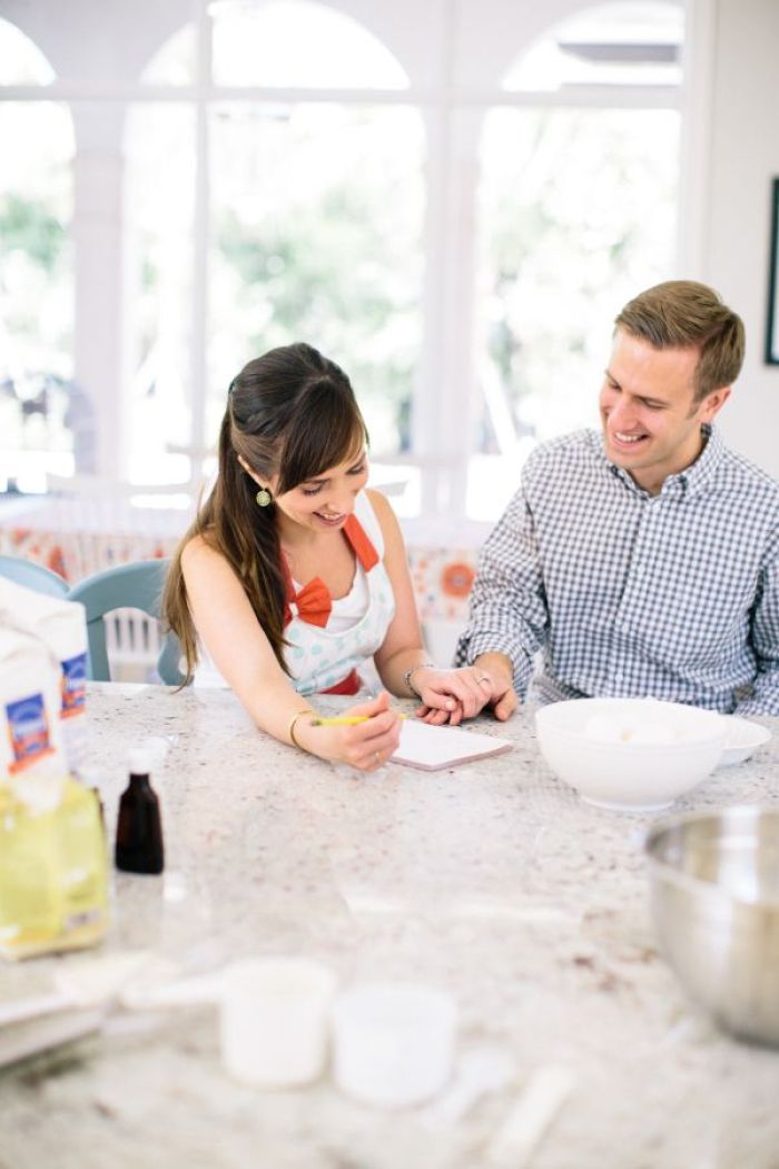 Pre-wedding at home | Baking at home theme