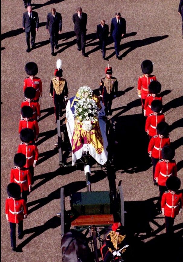 Crowds remember Princess Diana on her 50th birthday