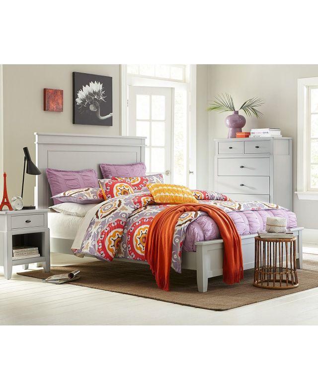 Kamron Bedroom Queen 3 Piece Set Bed Nightstand and Chest