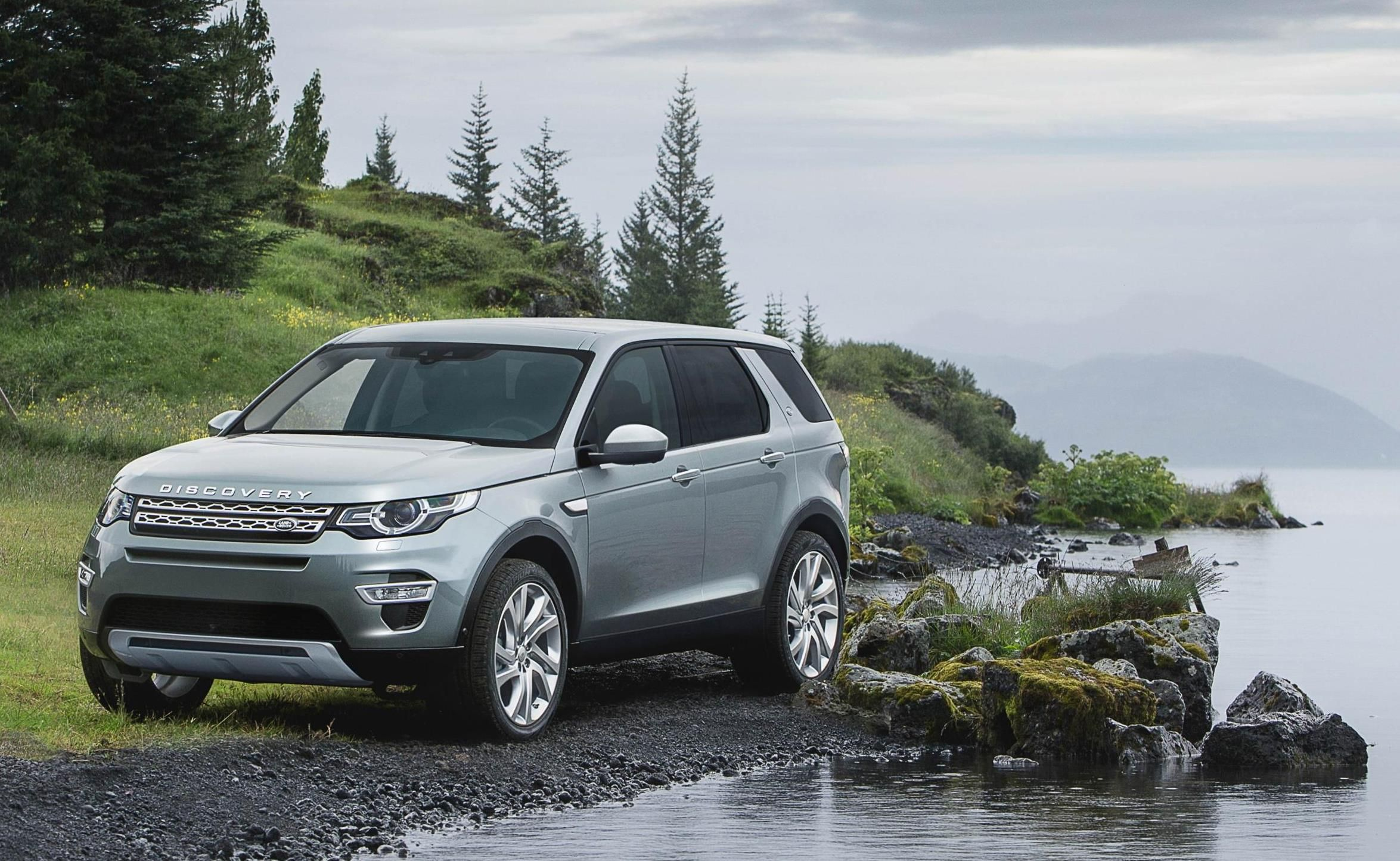 The 25 best Land rover discovery review ideas on Pinterest