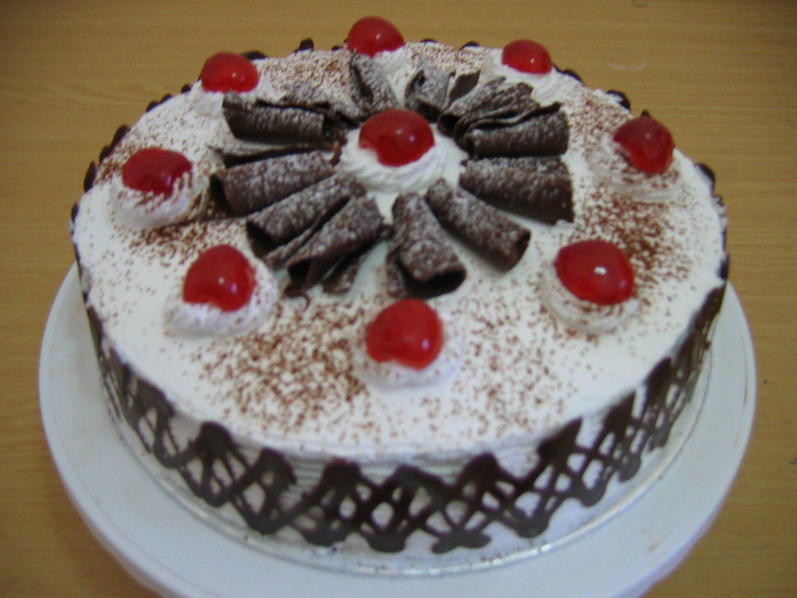 Resep Membuat Kue Tart Ulang Tahun Black Forest Sendiri