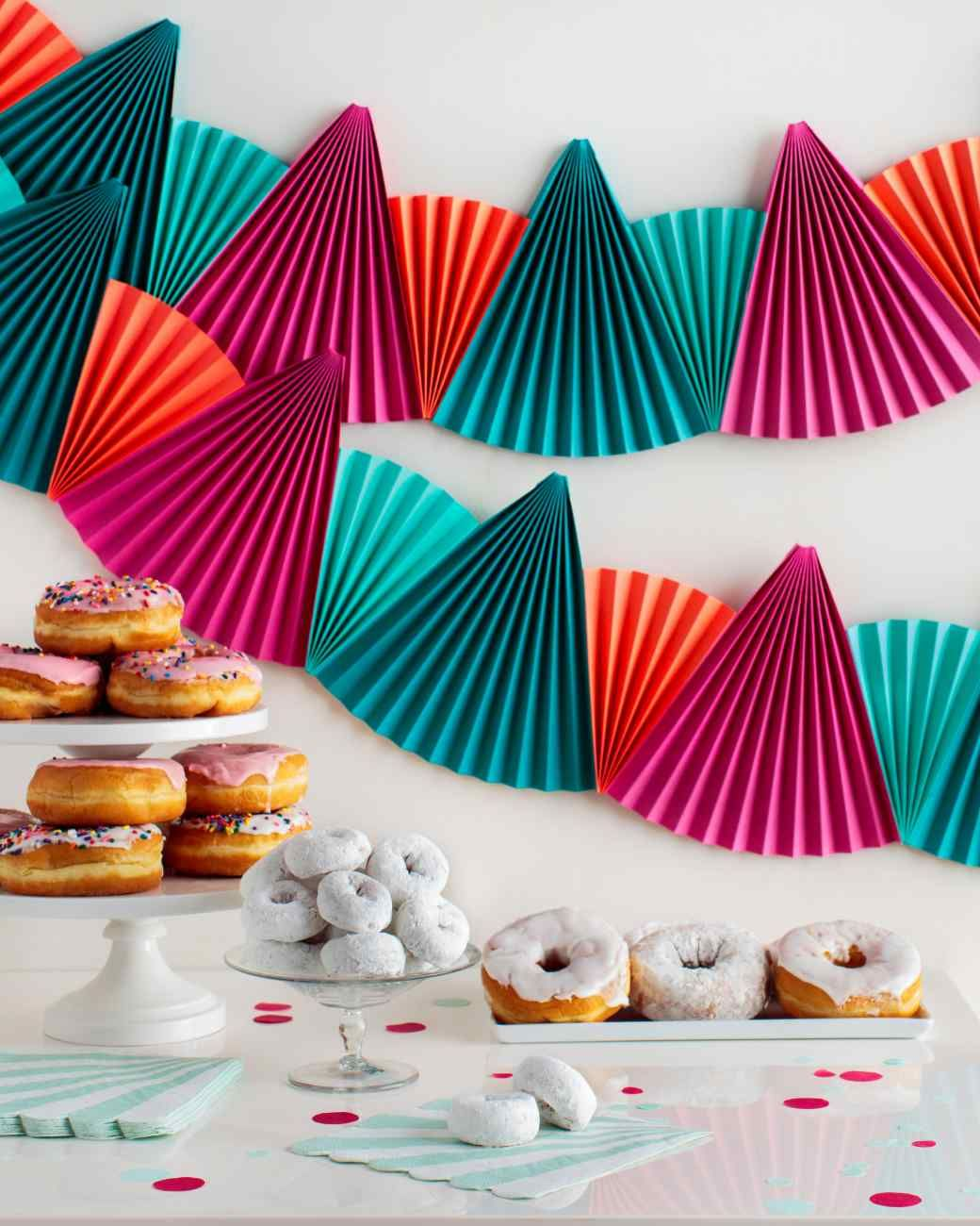 Easy, Festive PaperFan Bunting That's Perfect for Any