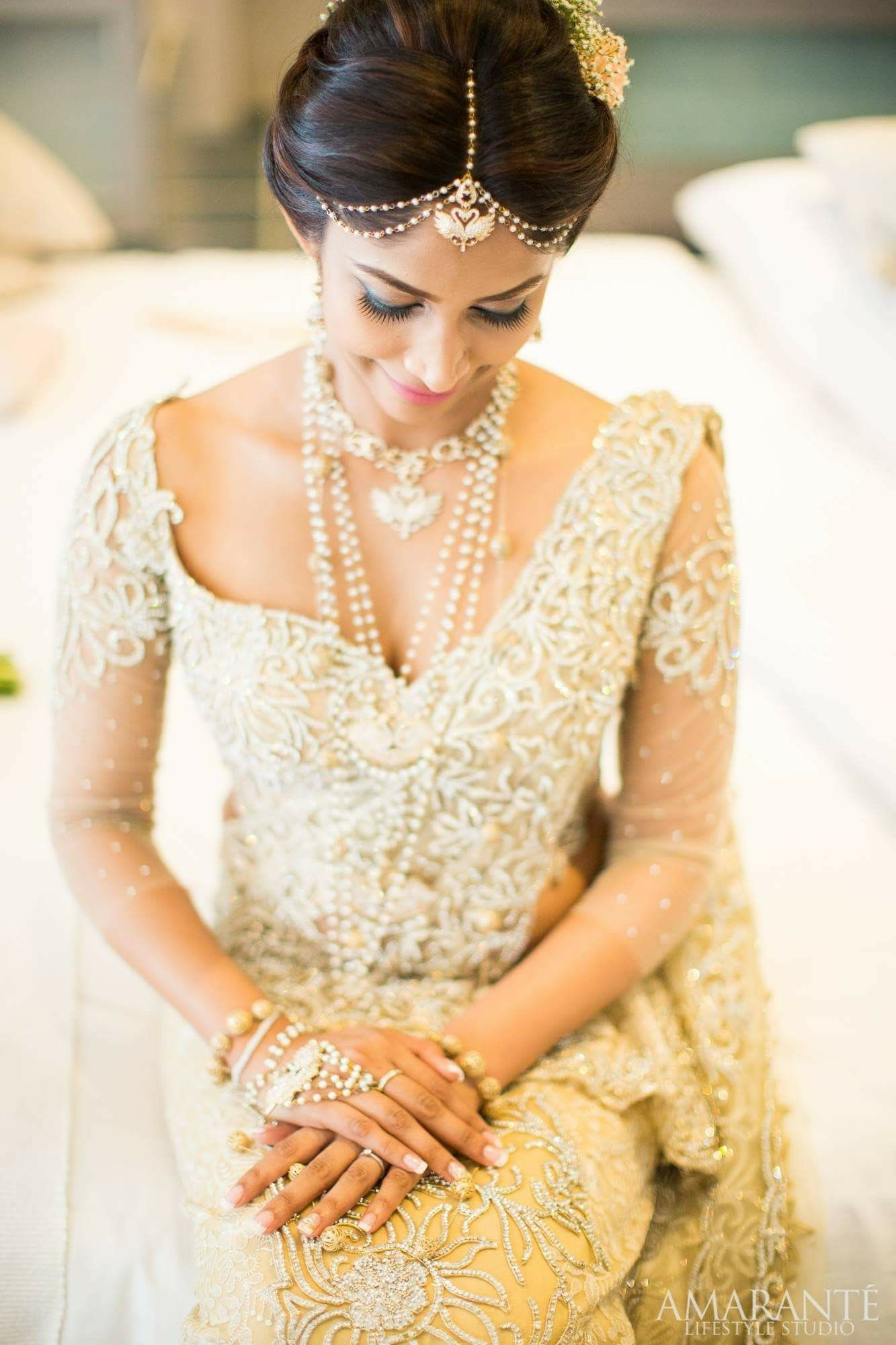 Like how this bride has a modern touch to her hair without
