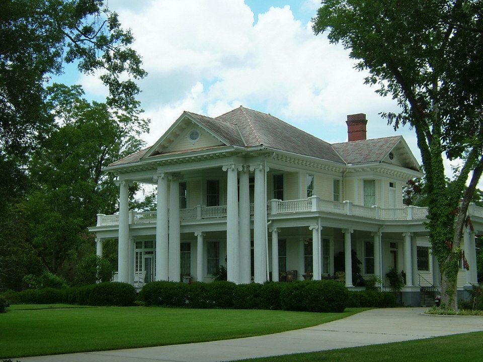 Brookhaven, MS Brookhaven Antebellum Mansion