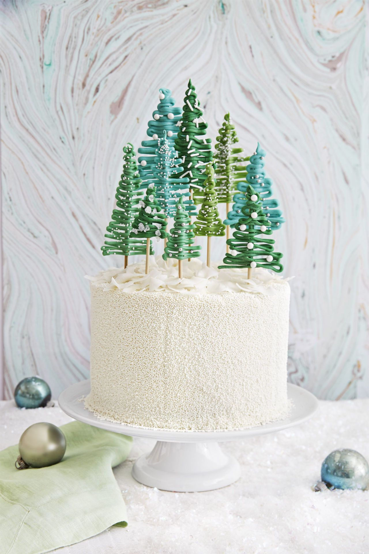 29 of the Most Beautiful Christmas Cakes Forest cake