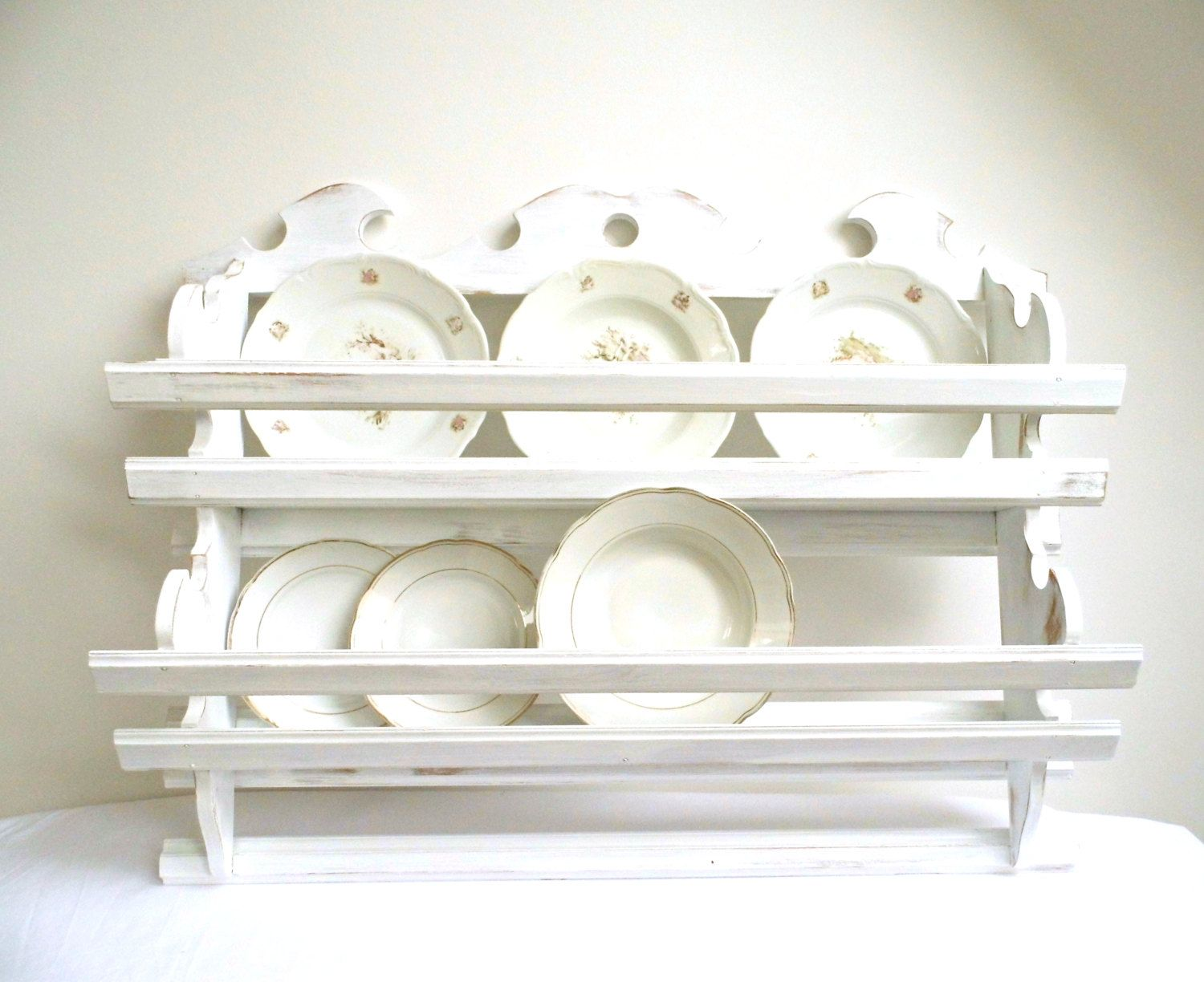 Vintage Plate Rack Wall Holder Tea Cup Shelf Storage