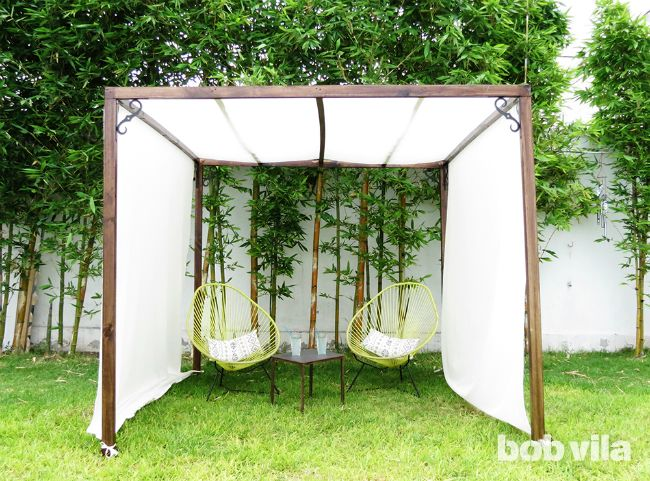 DIY Outdoor Privacy Screen And Shade - Tutorial