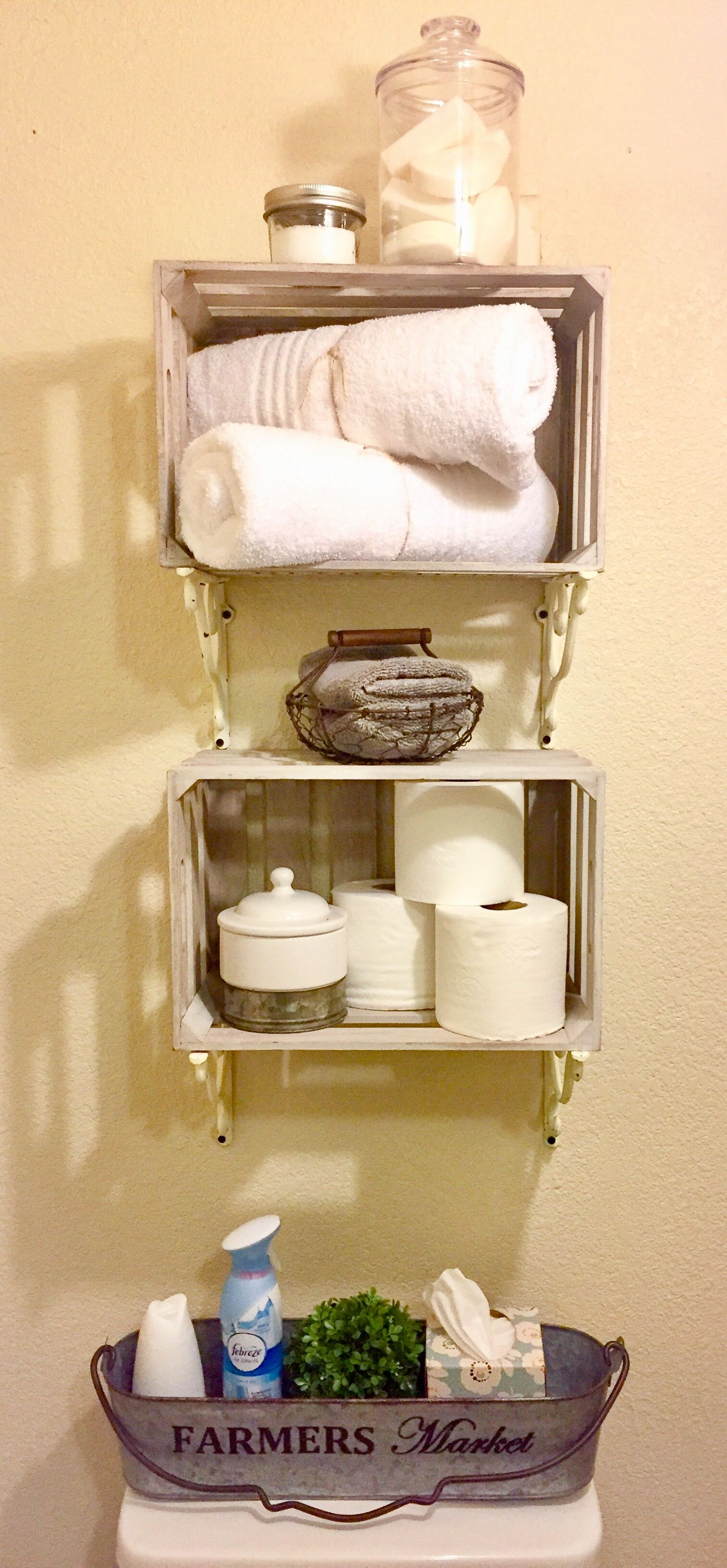 French Country Farmhouse Bathroom Storage shelves & decor