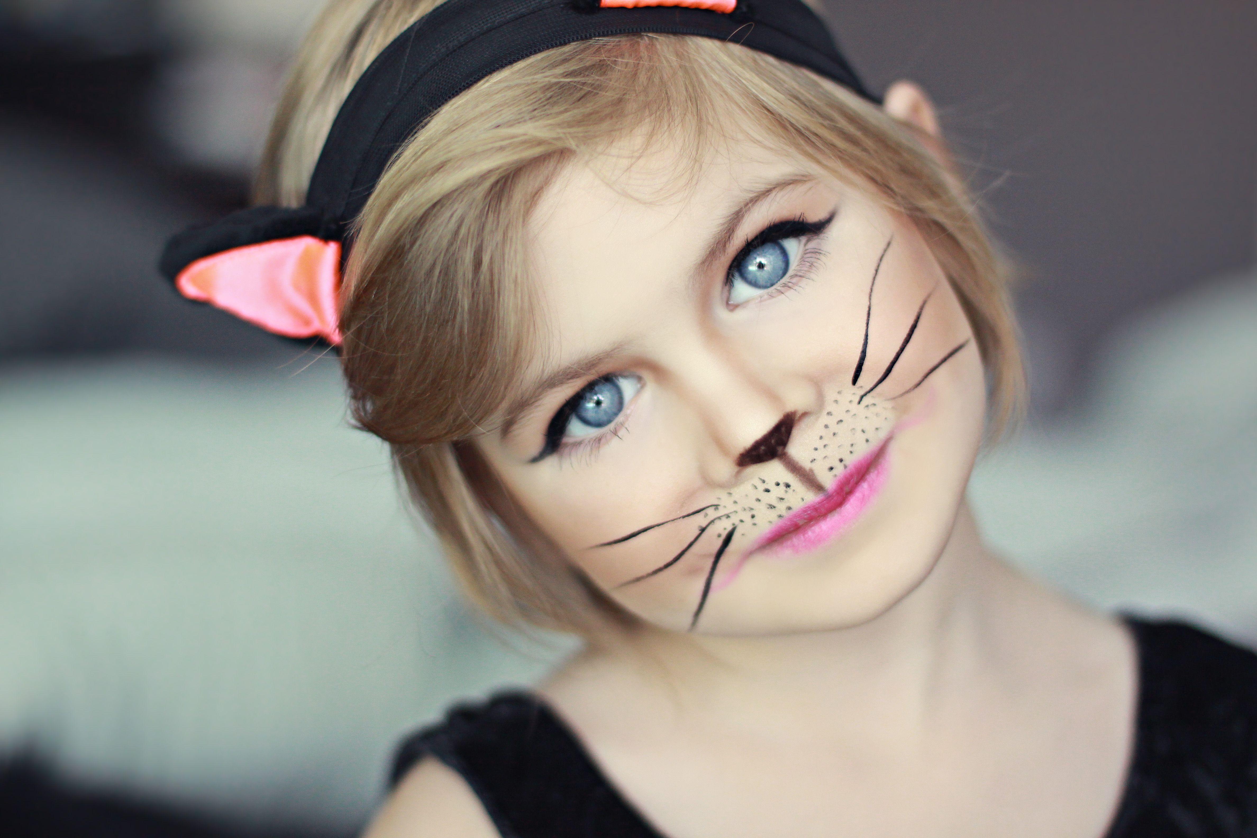 Cat makeup, kid costume MU&H