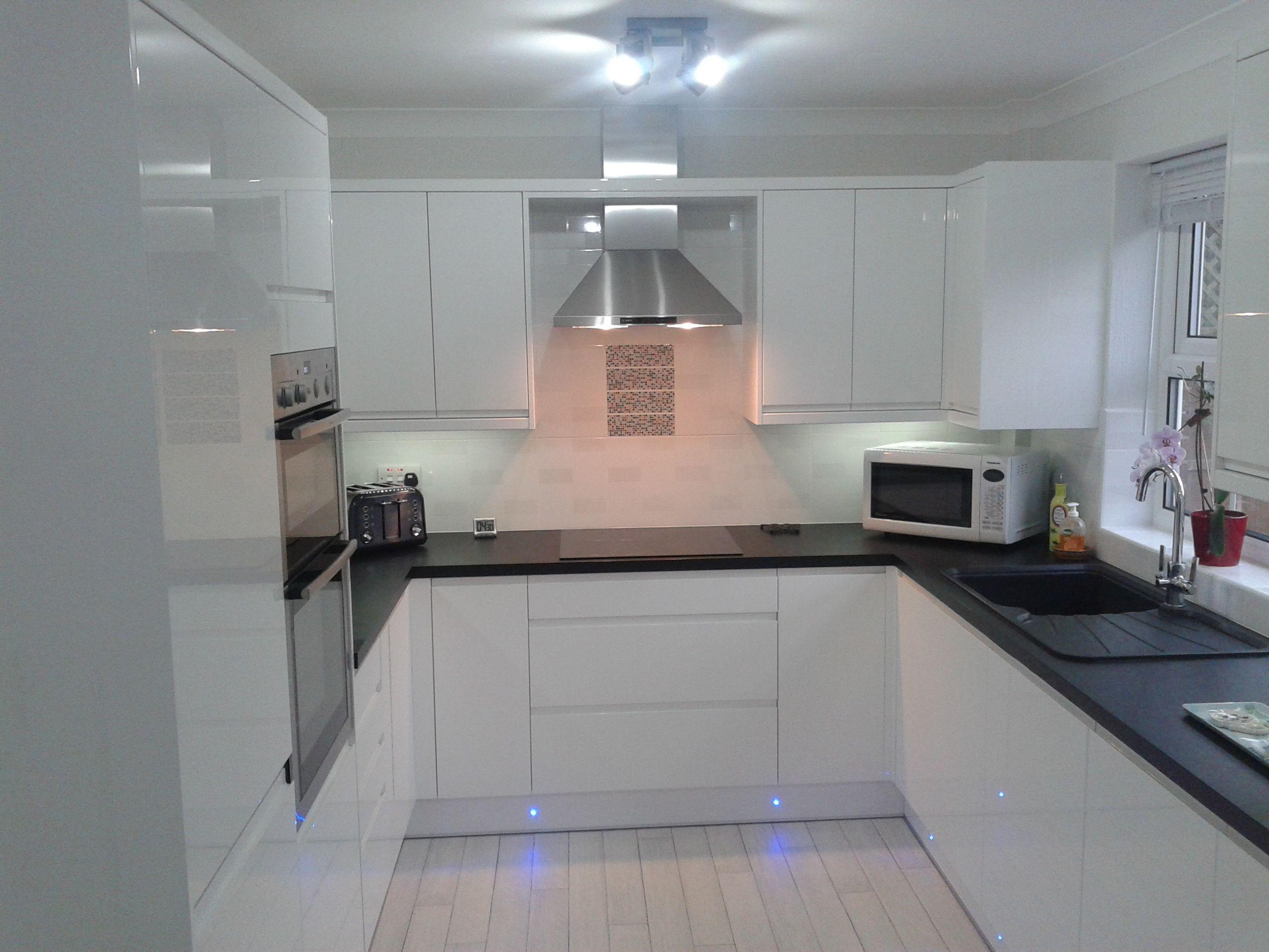 Wren Kitchens Handleless White Gloss what do you think