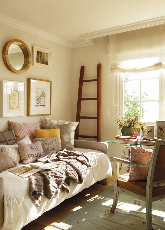 Best 25 Guest Room Office Ideas On Pinterest Bedrooms Spare Bedroom And Small