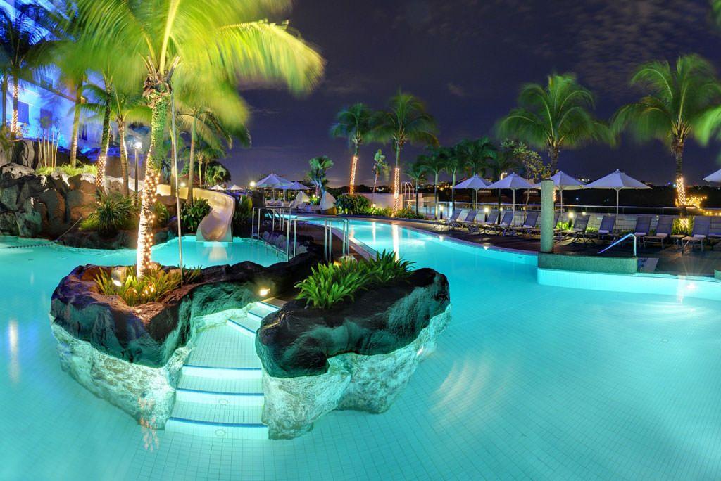 Wild pool at the Hilton Hotel in Kuala Lumpur Cool Pools