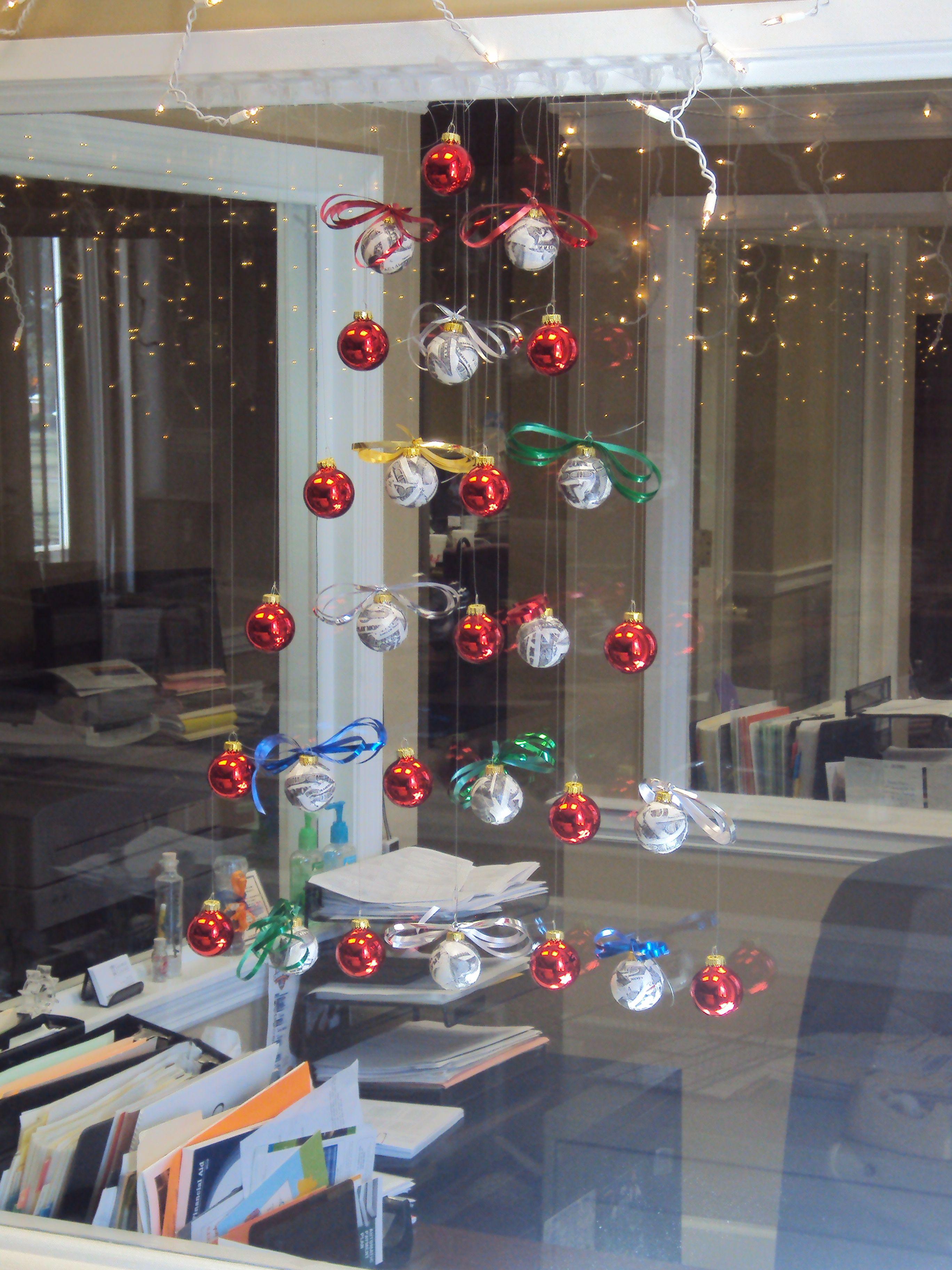 Hanging Christmas tree made of balls! Christmas DIY