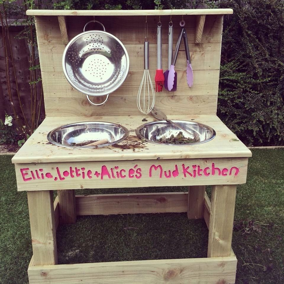 Mud Kitchen Children's Outdoor Garden Wooden Toy in Toys