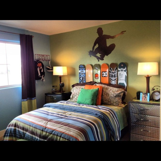 Some Uniqueness Of Skateboard Bedroom Decor For Kids Exciting Small With Bed Ds