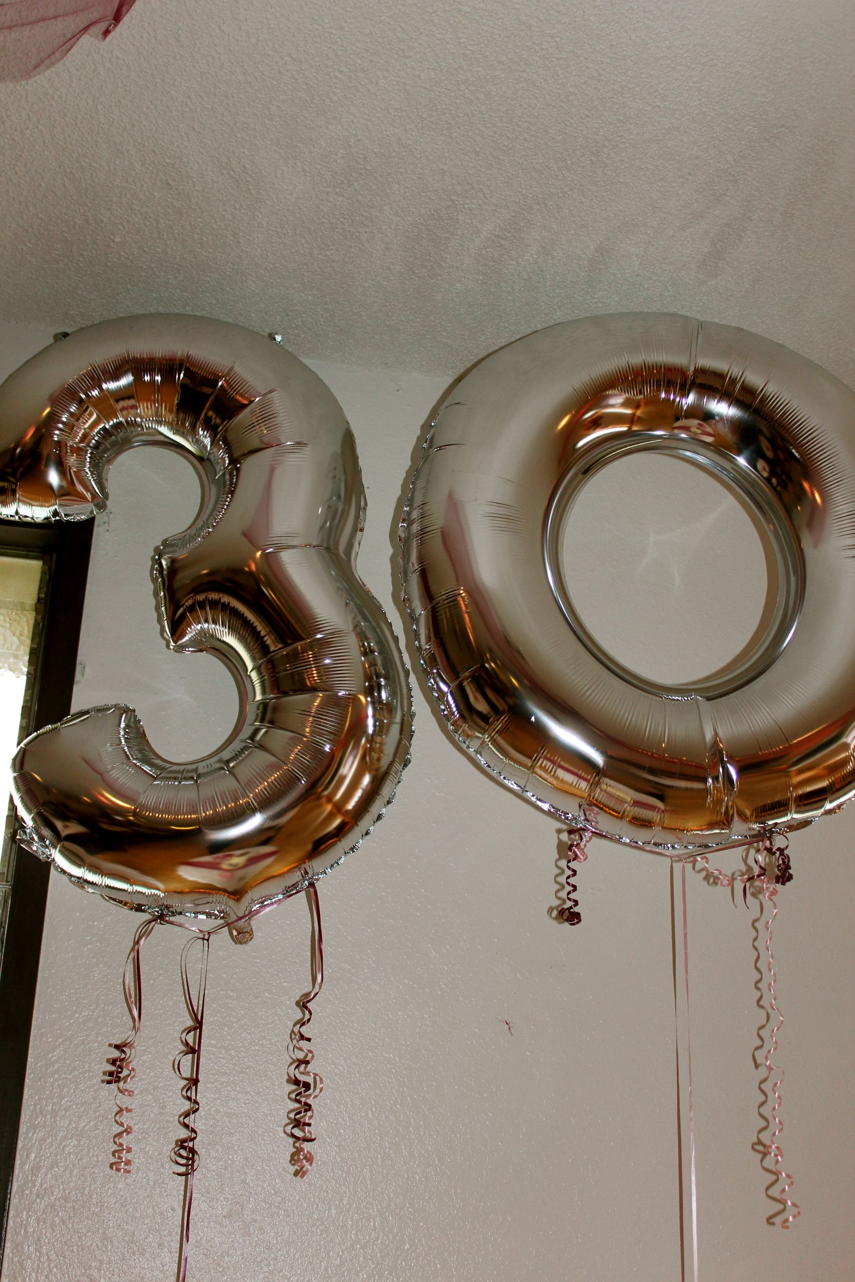 30 years balloons Parents surprise 30th wedding