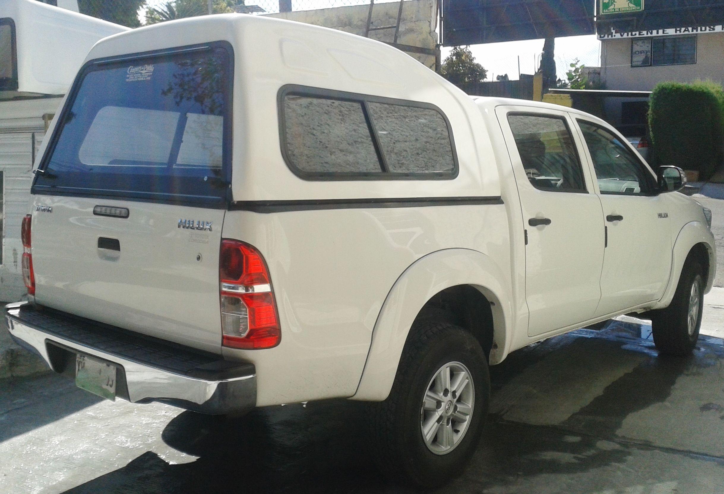 Campers y casetas de fibra de vidrio para Pick up Toyota Hilux y