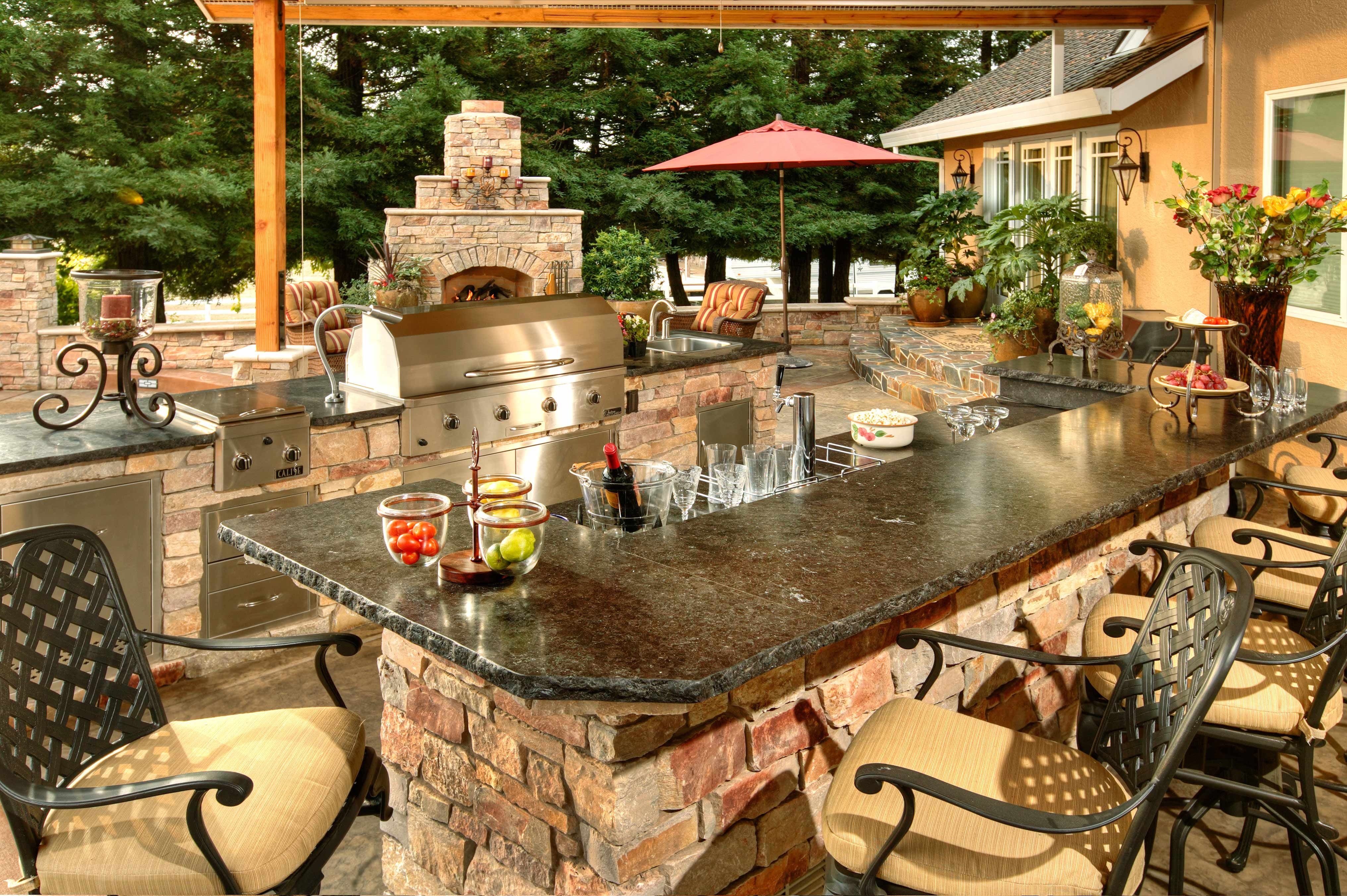 Custom Designed Outdoor Kitchen we fabricate to your