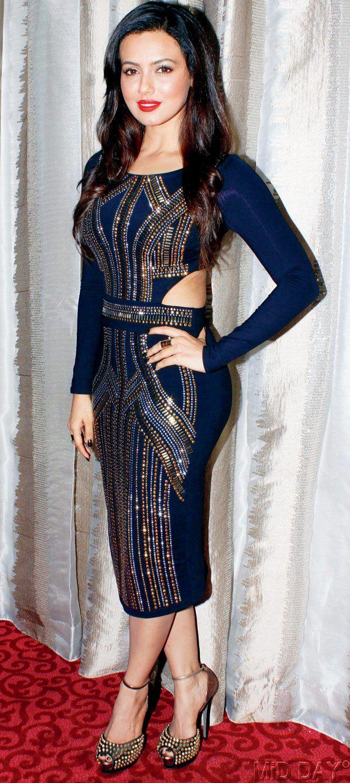 Sana Khan at a designer showcase. Bollywood Fashion