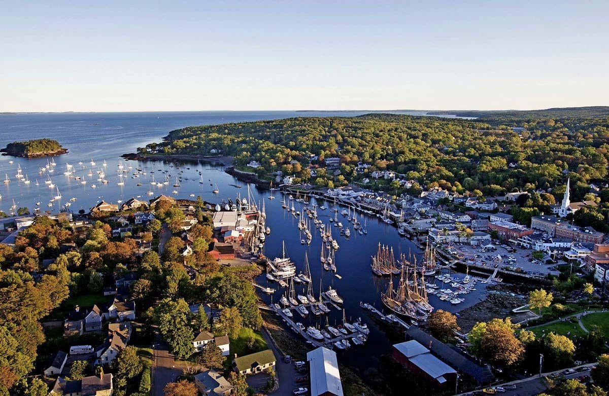 The Waterfront Camden Maine camdenharbormaine.jpg 15