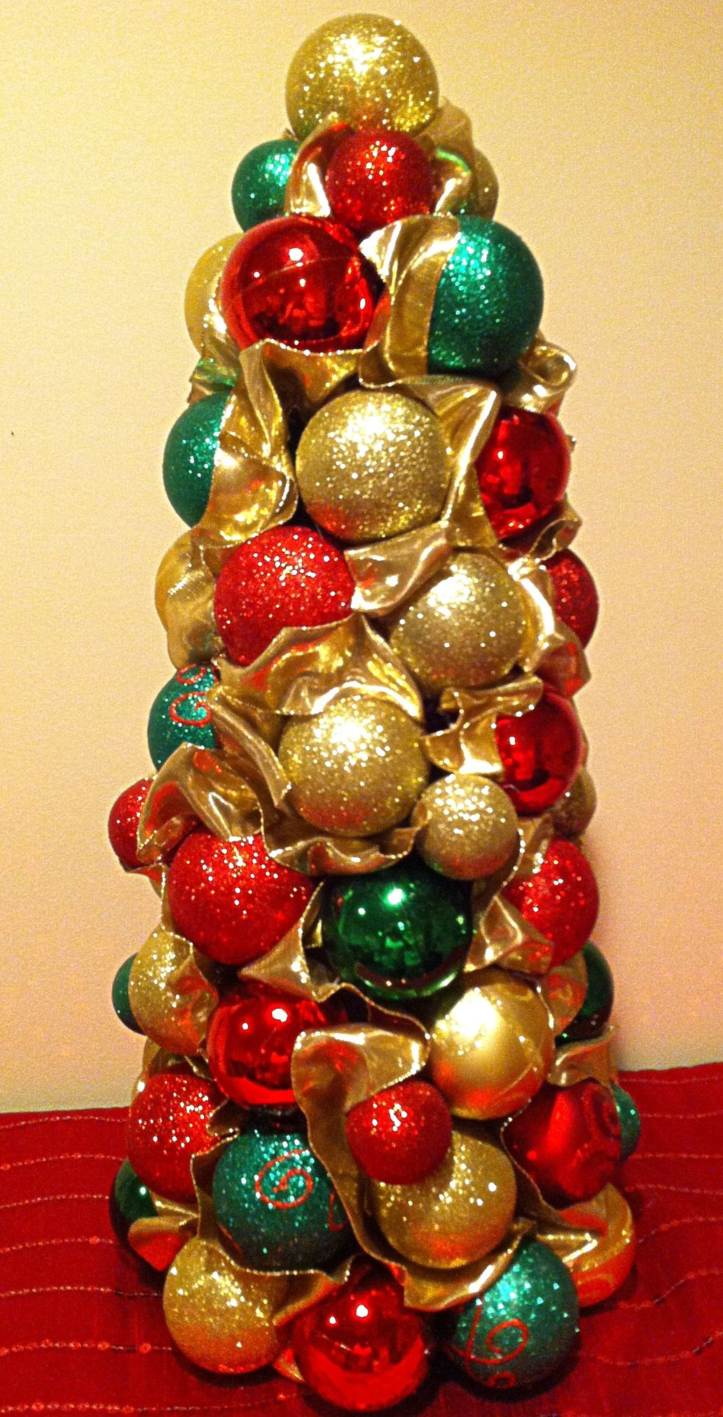 My version of another Pinterest Christmas Craft. I used