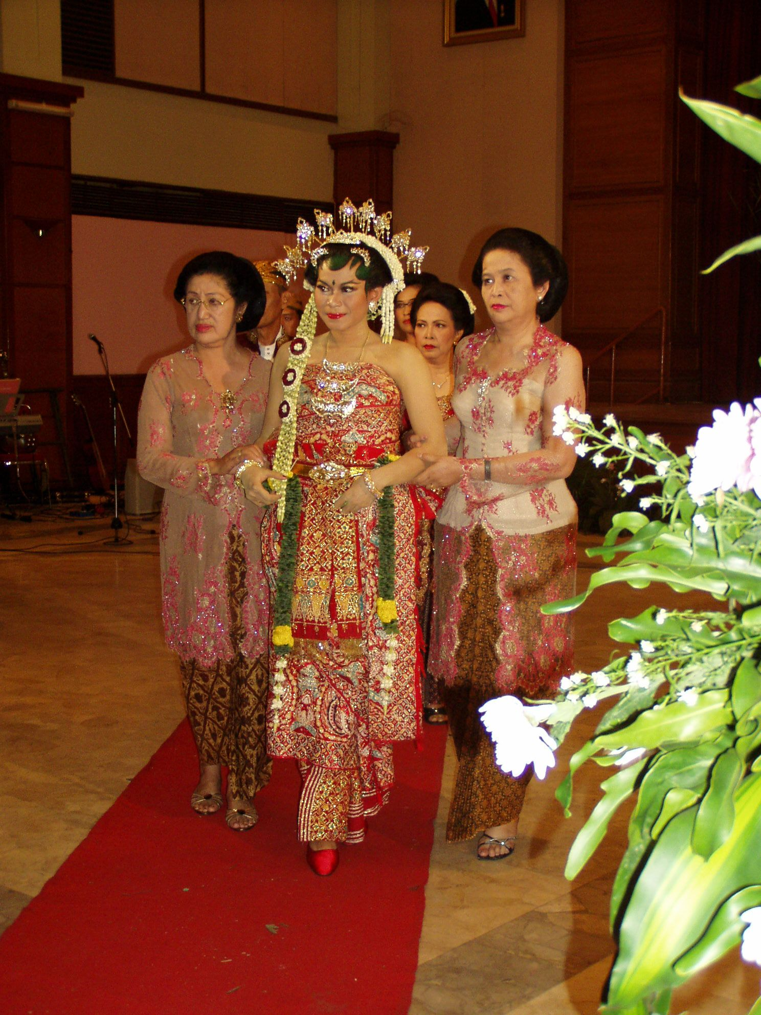 Javanese Traditional Costume Indonesian Traditional