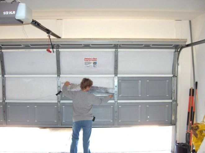 Garage door insulation reflective insulation or foam