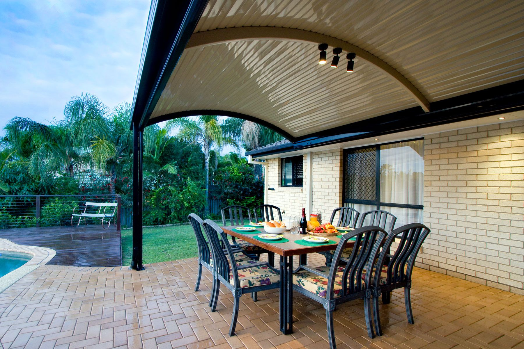 The Stratco Outback Curved Roof Patio Is A Unique Sleek Curved Roof Patio Design With A
