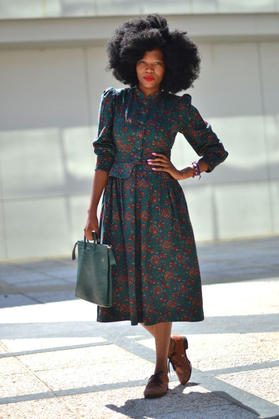 I love this woman's command on vintage clothing , she