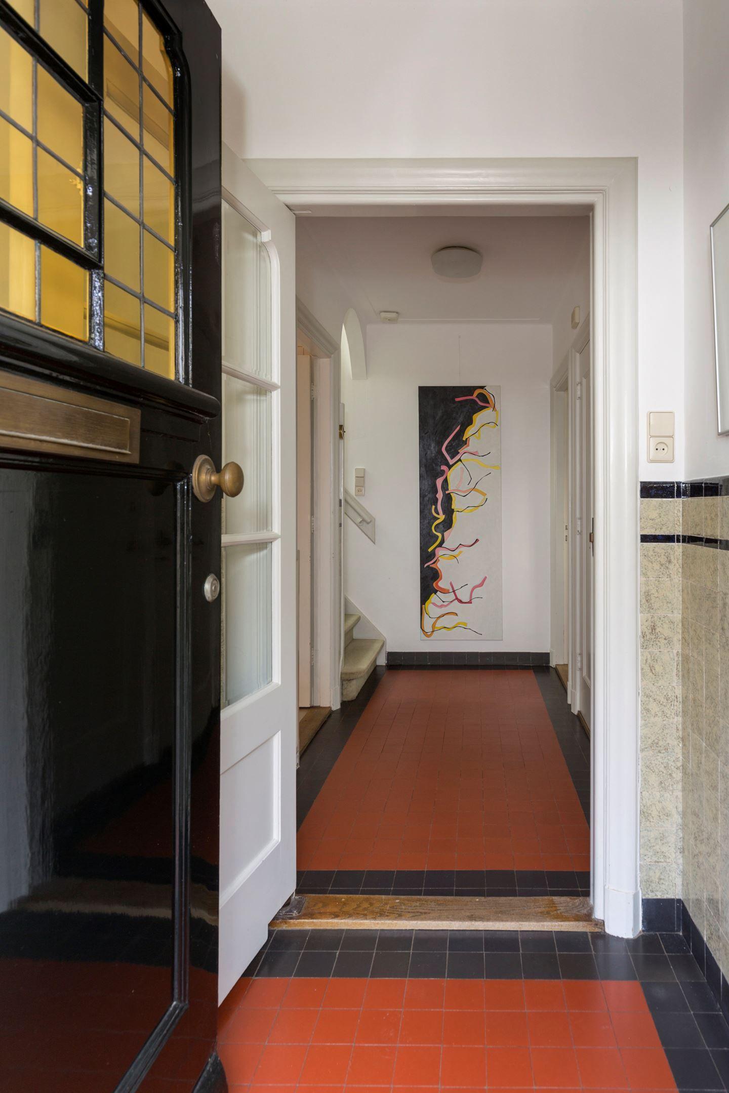 Jaren30woningen.nl Originele jaren 30 tegels in de hal