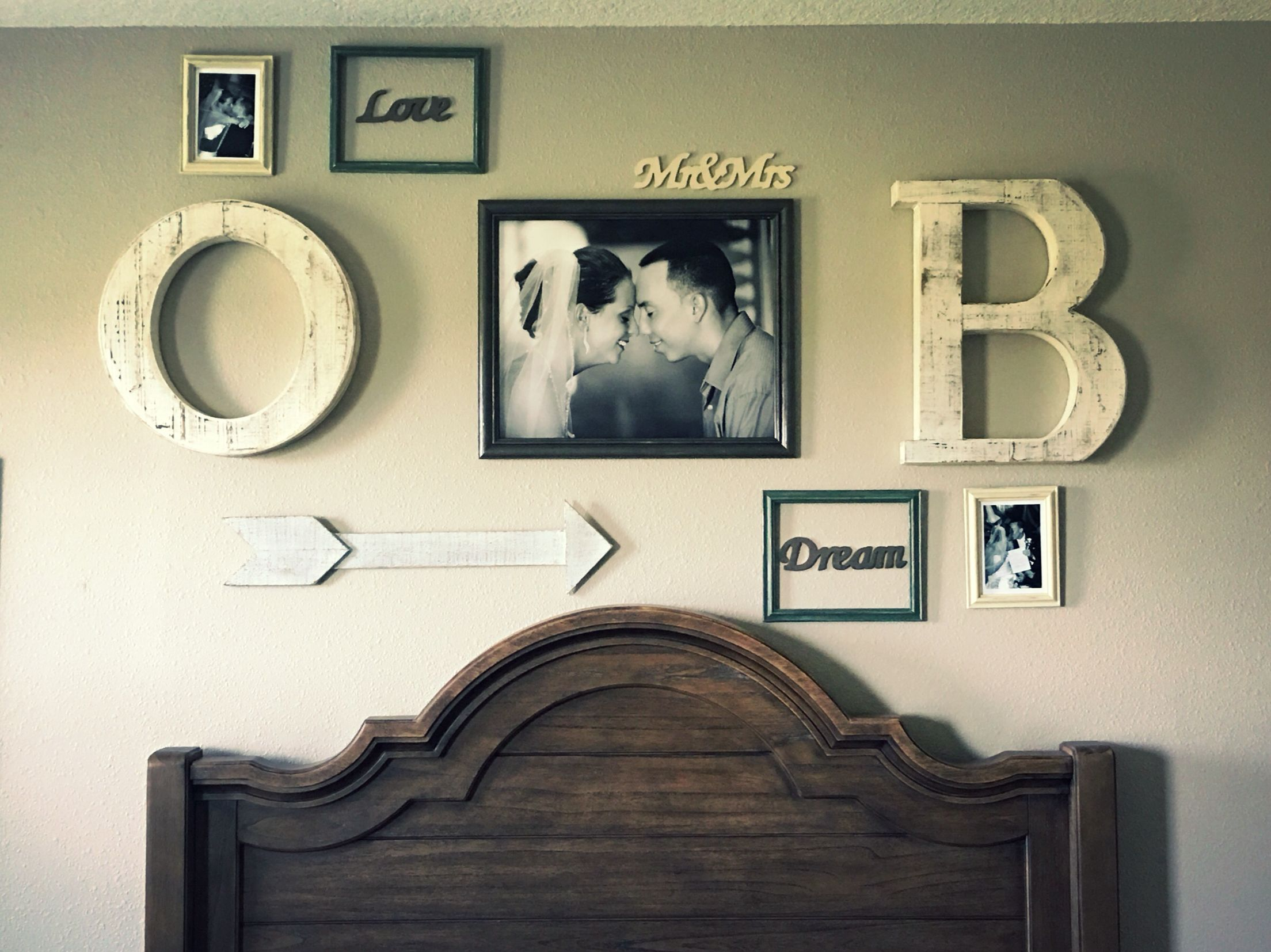 Rustic Theme Photo Wall Picture Wall His And Hers