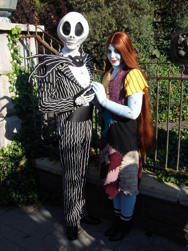 Unique Halloween costumes couples movie characters scary