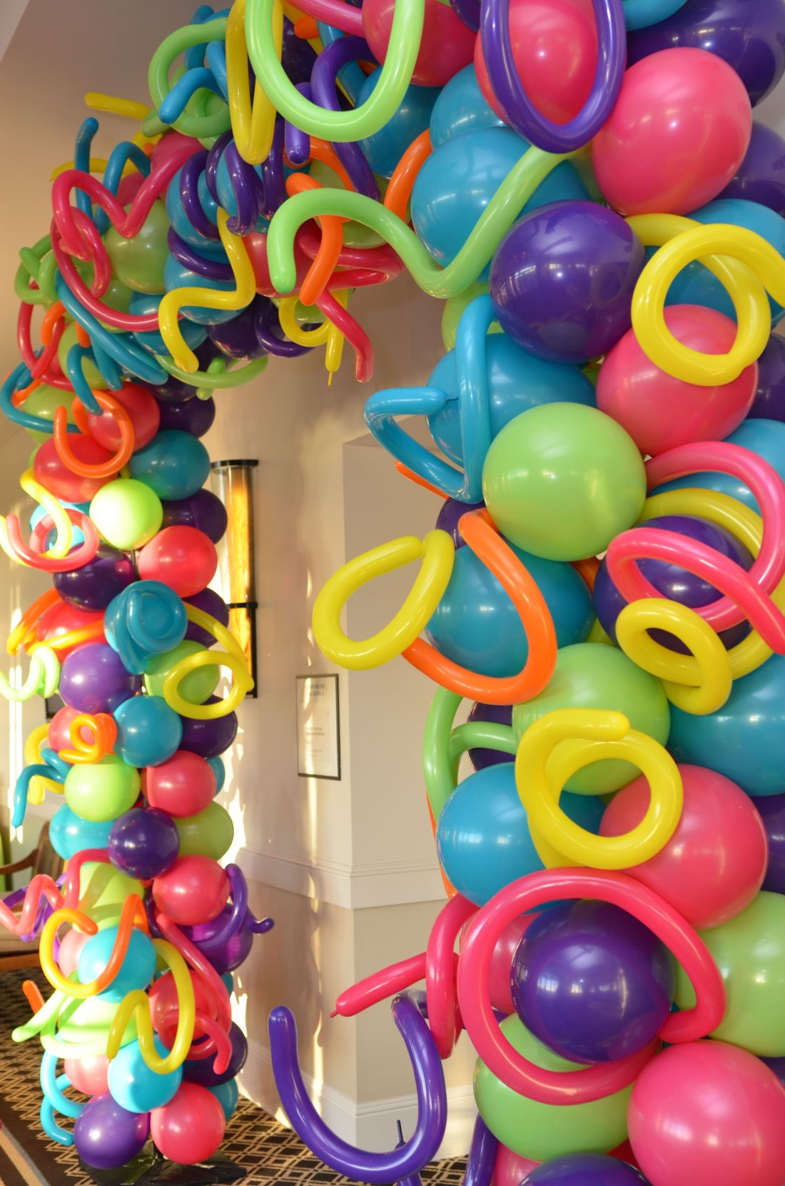 Crazy balloon arch framedair filled balloons