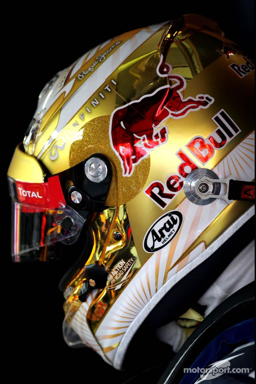 Sebastian Vettel, Red Bull Racing, new helmet Auto