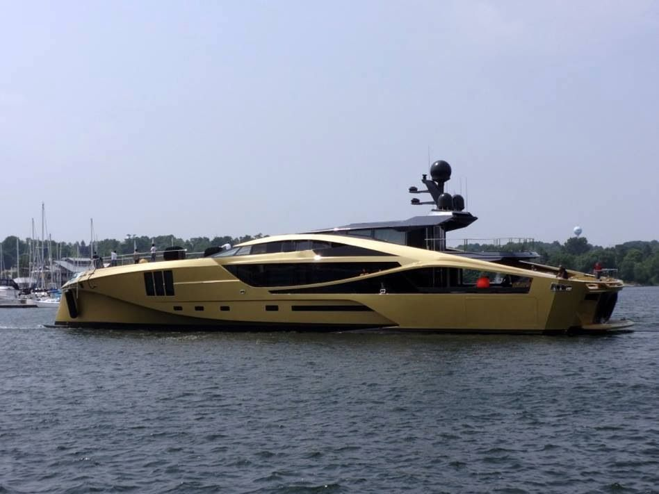 Palmer Johnson Yachts Unveiled A Golden 48 M Super Sport Yacht In Sturgeon Bay Awesome Boats
