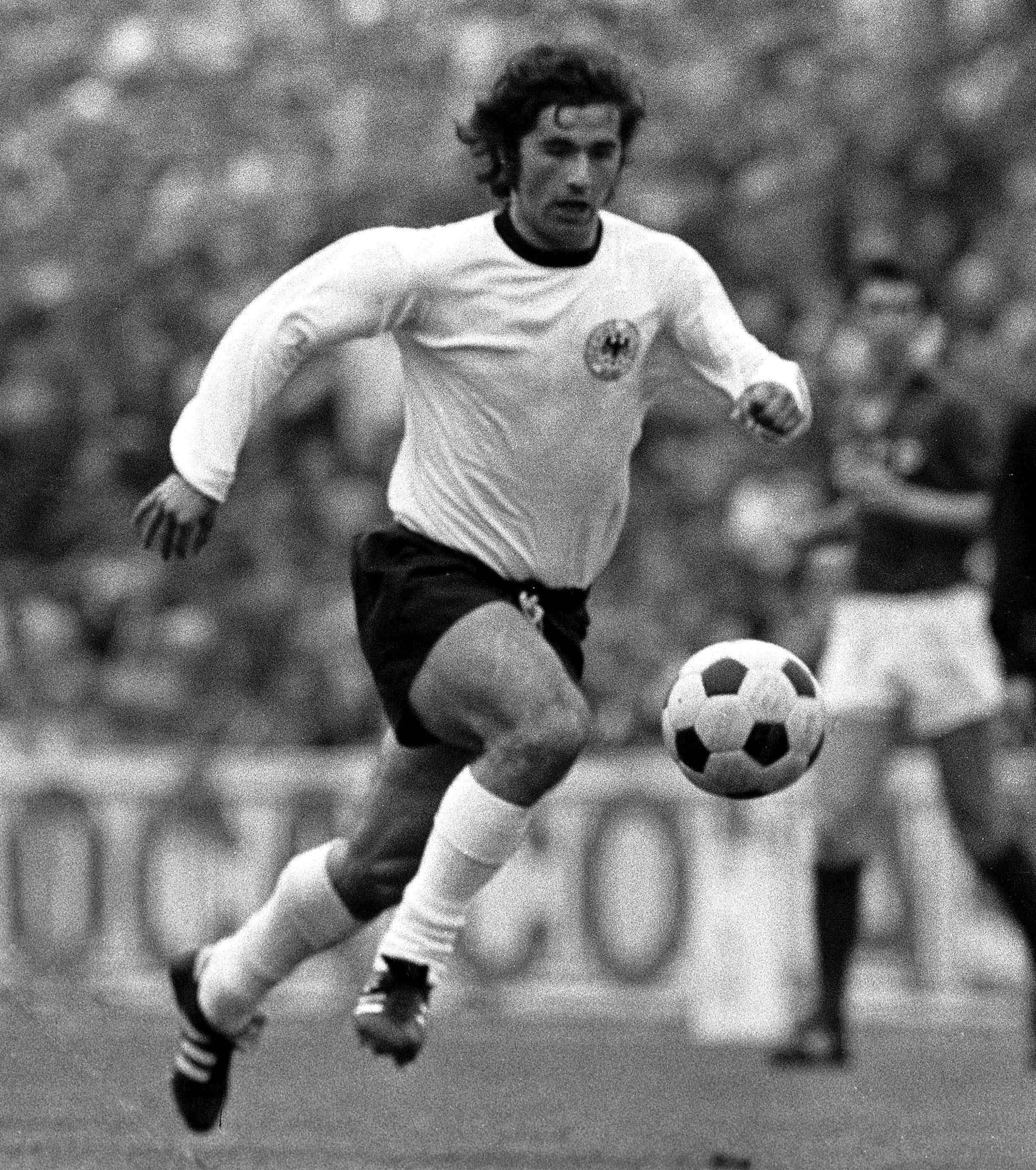 Gerd Müller (Alemania) Cracks del Fútbol Mundial