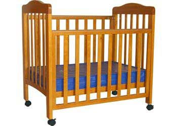 Max Rosie Compact Baltic Cot With Mattress