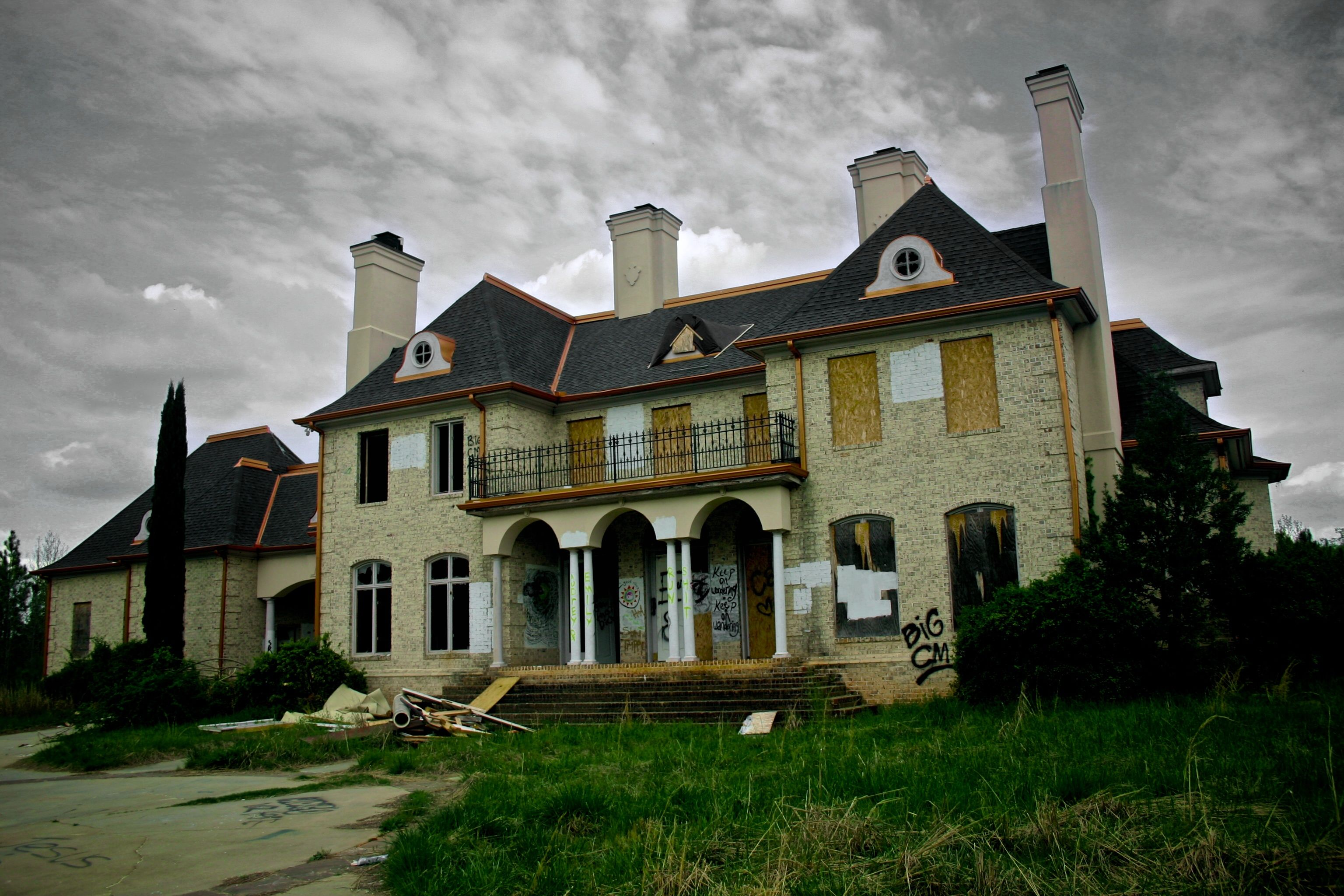 Abandoned 1920's Mansions for Sale Abandoned Mansions In