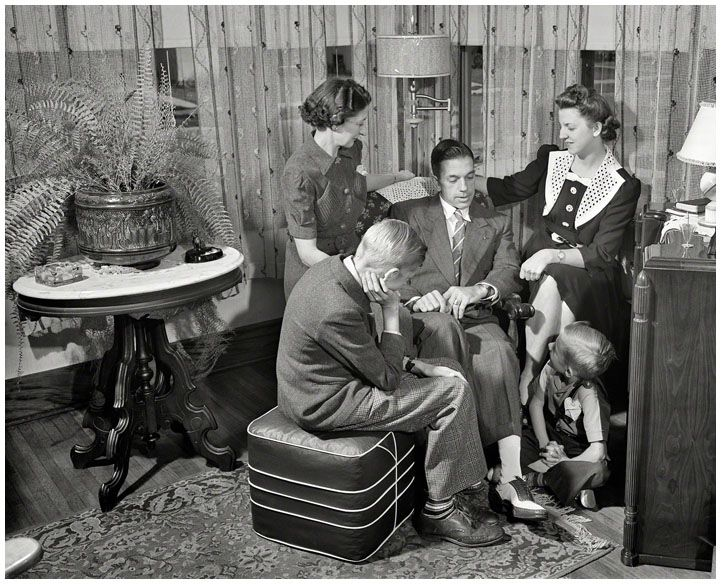 1940's family around the radioUSA. Meanwhile, Werner and